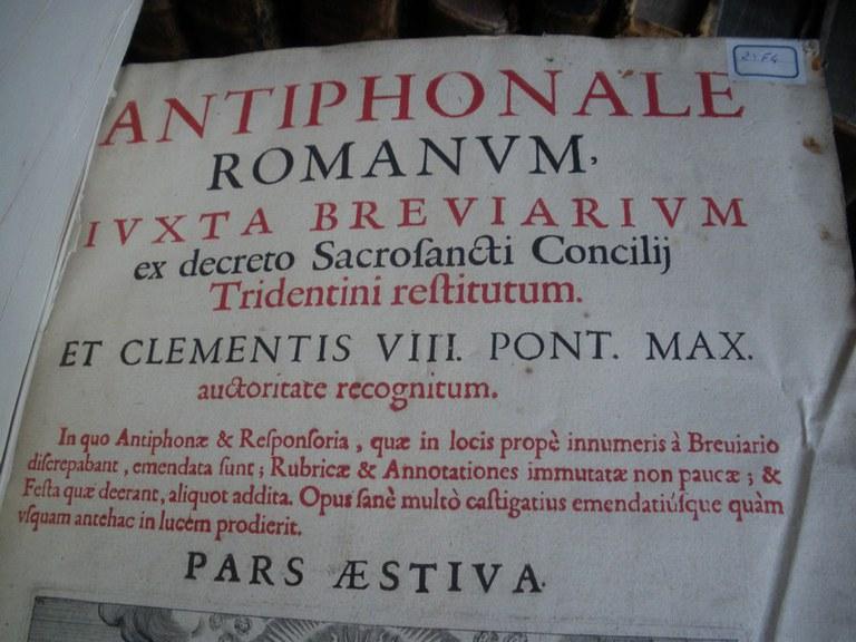 Antiphonaire romain été 1624 haut page 01